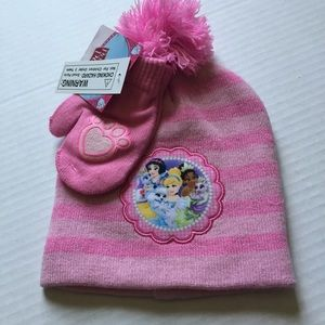 Disney's Princess striped hat and mitten set